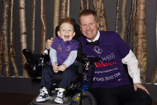 "Evans sponsors ""Gingerweb"" in London Marathon"